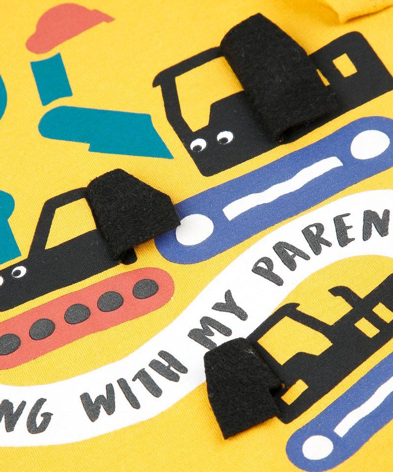Camiseta-Infantil-com-Estampa-Interativa-de-Carros-Manga-Longa-Mostarda-9530790-Mostarda_4