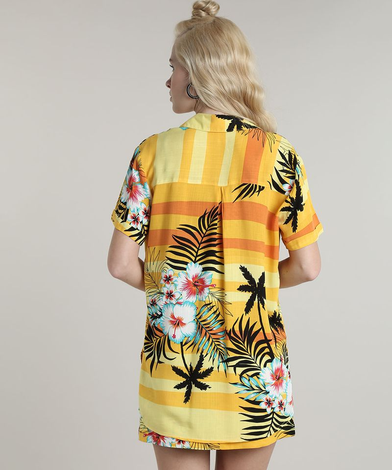 Camisa-Feminina-Estampada-Tropical-com-Fenda-Manga-Curta-Amarela-9632916-Amarelo_2