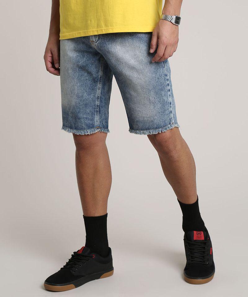 Bermuda-Jeans-Masculina-Slim-com-Barra-Desfiada-Azul-Medio-9781412-Azul_Medio_1