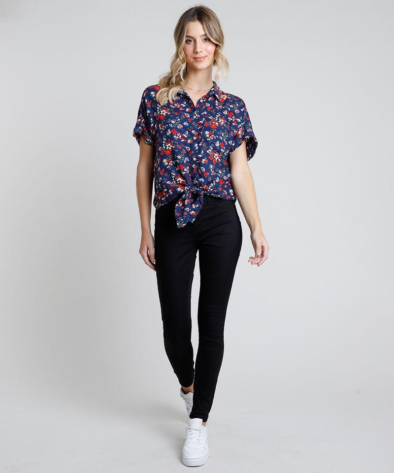 Camisa-Feminina-Estampada-Floral-com-Bolso-e-No-Manga-Curta-Azul-Marinho-9807195-Azul_Marinho_3