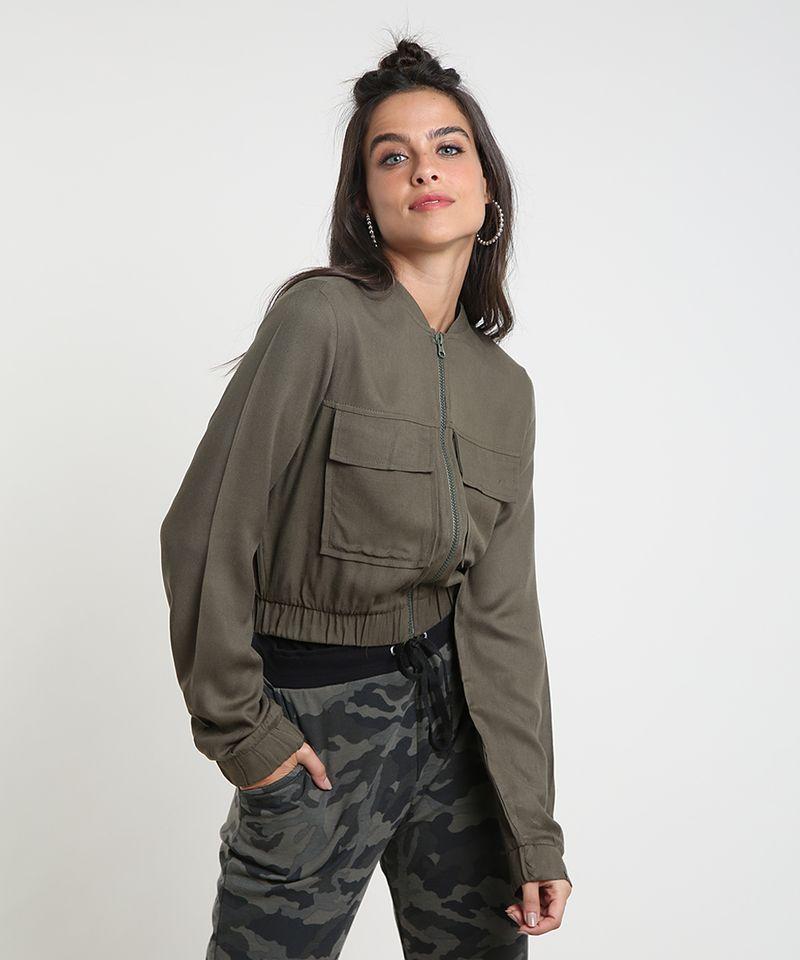 Jaqueta-Bomber-Feminina-Cropped-com-Bolsos-Verde-Militar-9394139-Verde_Militar_1