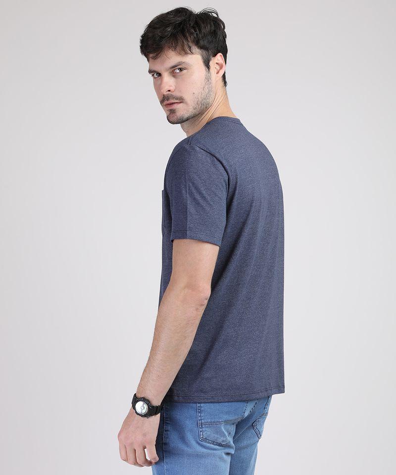 Camiseta-Masculina-Basica-com-Bolso-Manga-Curta-Gola-Careca-Azul-Marinho-9941894-Azul_Marinho_2