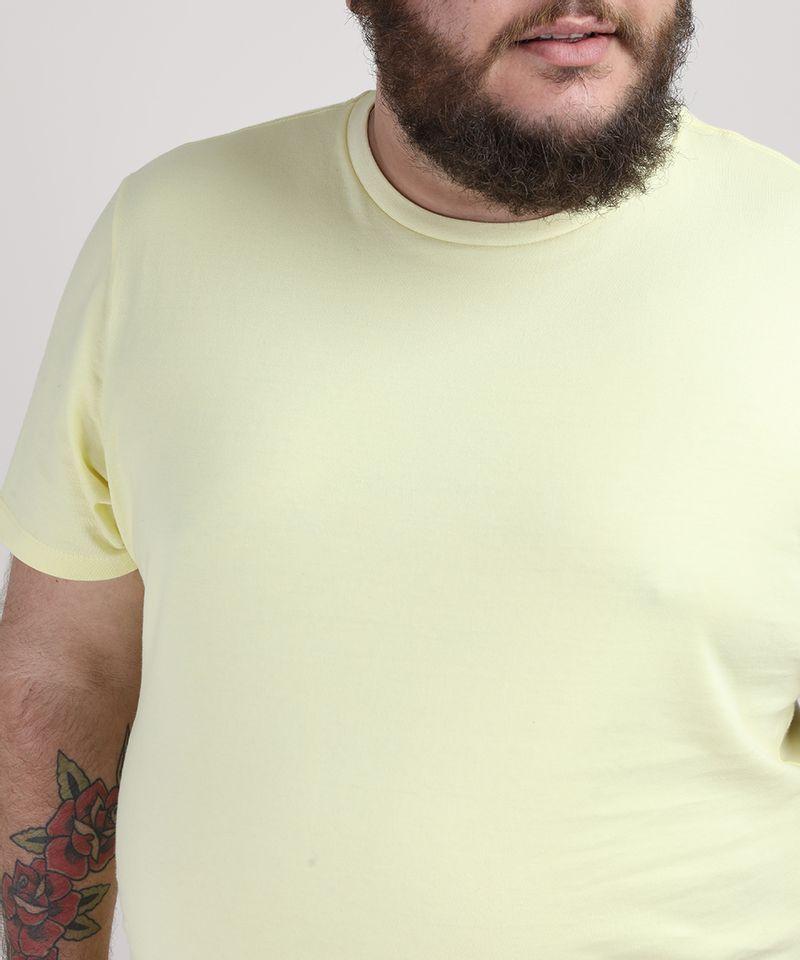Camiseta-Masculina-Plus-Size-Manga-Curta-Gola-Careca-Amarelo-Claro-9951397-Amarelo_Claro_4
