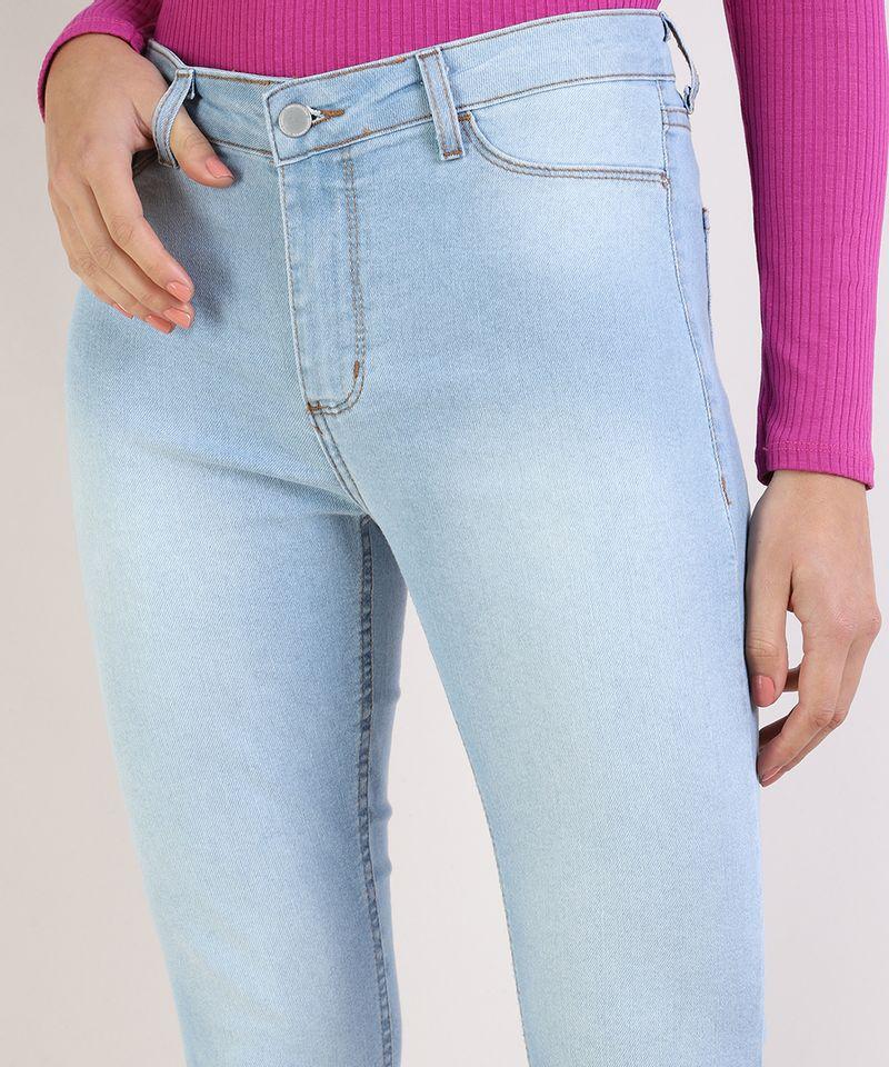 Calca-Jeans-Feminina-Cigarrete-Cintura-Media-Azul-Claro-9936228-Azul_Claro_4