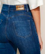 Calca-Jeans-Feminina-Sawary-Cigarrete-Push-Up-Cintura-Alta-com-Barra-Destroyed-Azul-Escuro-9974034-Azul_Escuro_5