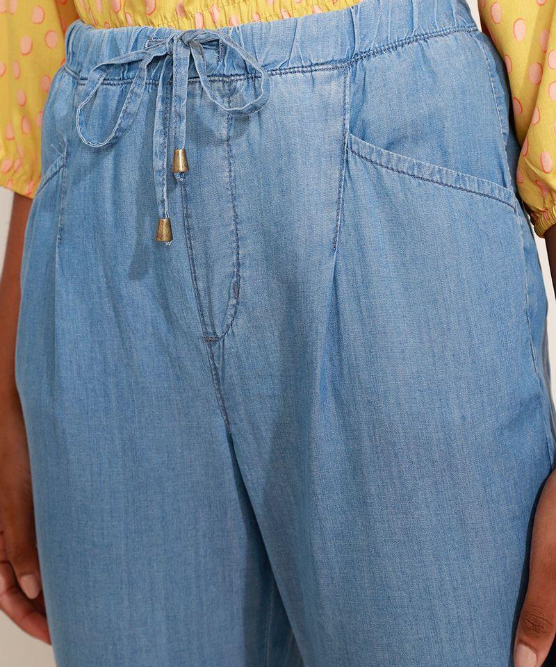 Calca-Jeans-Feminina-Jogger-Cintura-Alta-com-Bolsos-Azul-Claro-9967764-Azul_Claro_4