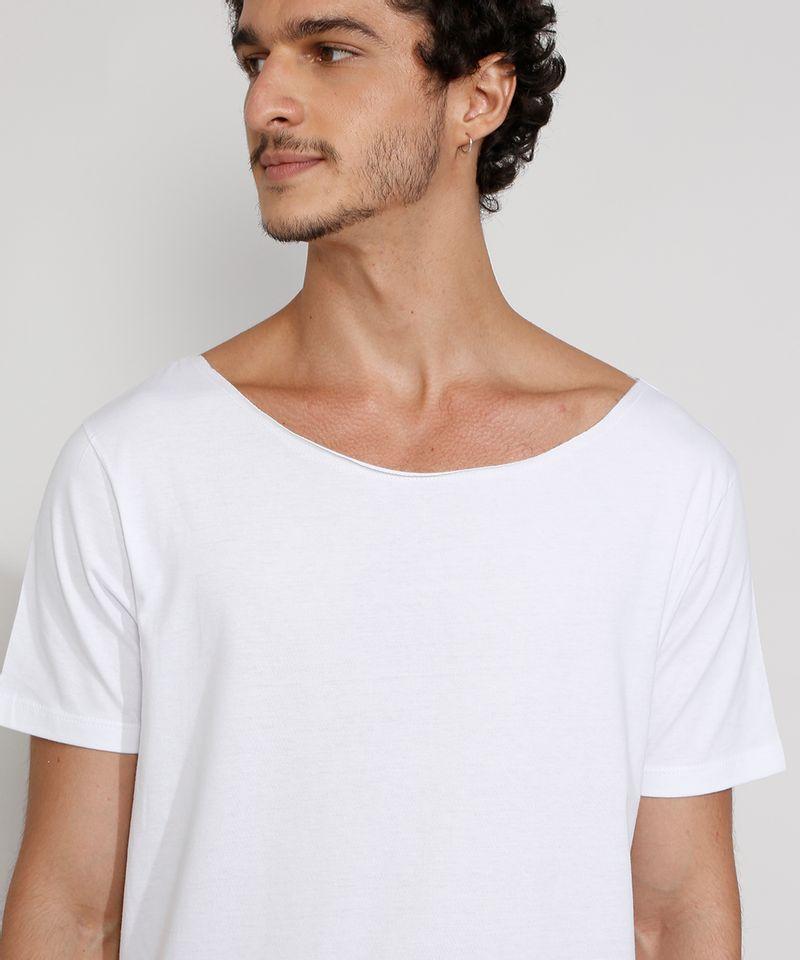Camiseta-Masculina-Manga-Curta-Basica-Longa-Gola-Canoa-Branca-9985966-Branco_4