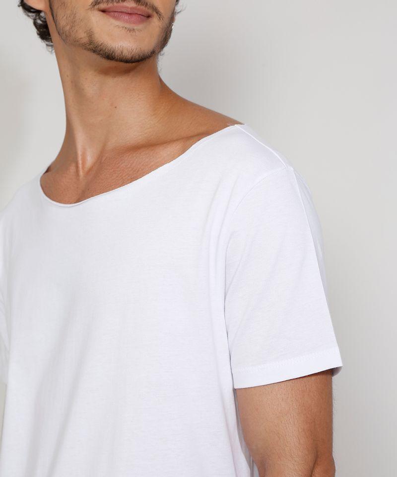 Camiseta-Masculina-Manga-Curta-Basica-Longa-Gola-Canoa-Branca-9985966-Branco_5