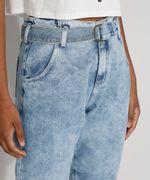Calca-Jeans-Feminina-Cintura-Alta-Jogger-Marmorizada-com-Cinto-Azul-Claro-9982170-Azul_Claro_6