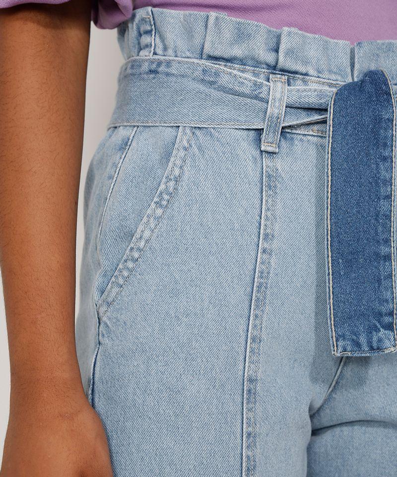Calca-Jeans-Feminina-Jogger-Cintura-Super-Alta-com-Recortes-e-Faixa-para-Amarrar-Azul-Claro-9985957-Azul_Claro_6