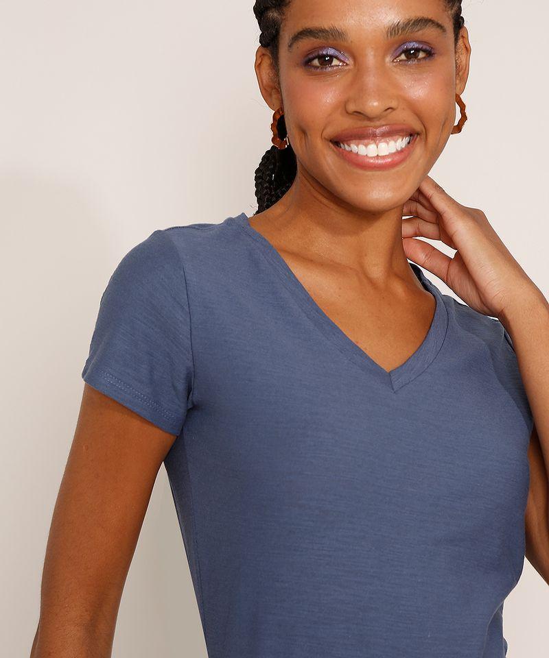 Camiseta-Feminina-Basica-Manga-Curta-Flame-Decote-V-Azul-1-8525926-Azul_1_5