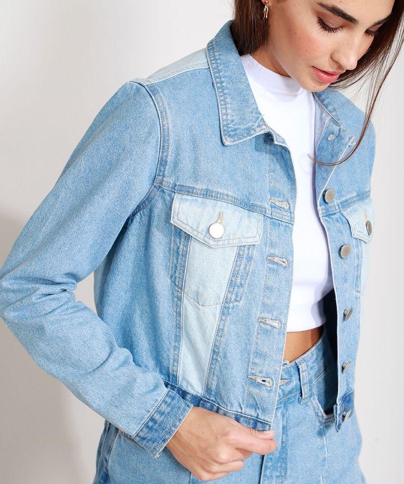 Jaqueta-Jeans-Cropped-com-Recortes-Azul-Medio-9989004-Azul_Medio_4