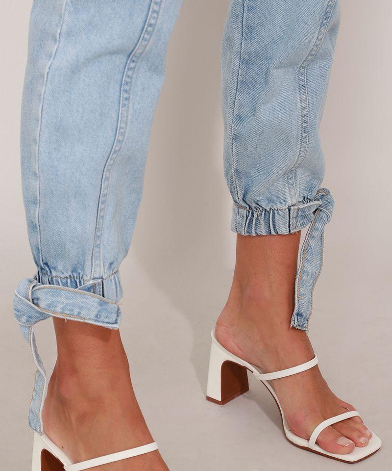 Calca-Clochard-Jogger-Jeans-com-Recortes-e-Faixa-para-Amarrar-Cintura-Super-Alta-Azul-Claro-9985904-Azul_Claro_5