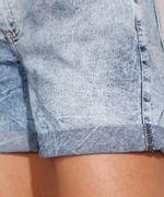 Short-Midi-Jeans-Marmorizado-com-Barra-Dobrada-e-Cinto-Cintura-Media-Azul-Claro-9992282-Azul_Claro_6