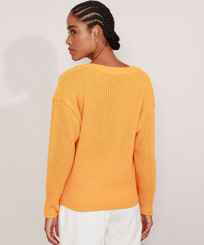 Sueter-de-Trico-Decote-V-Amarelo-9981686-Amarelo_2