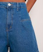 Bermuda-Jeans-Cintura-Super-Alta-com-Prega-Azul-Escuro-9991272-Azul_Escuro_6