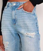 Calca-Mom-Jeans-Cropped-Destroyed-Cintura-Super-Alta-Azul-Claro-9991633-Azul_Claro_6