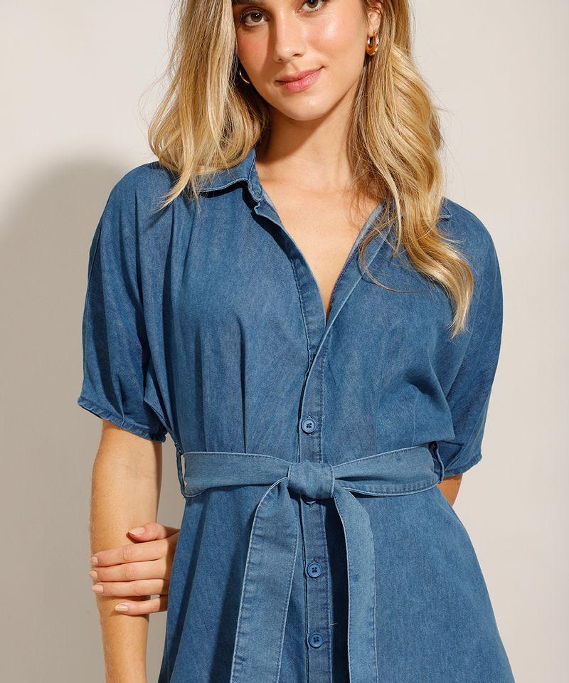 Vestido-Chemise-Jeans-Midi-com-Faixa-de-Amarrar-e-Manga-Curta-Azul-Medio-9992006-Azul_Medio_4