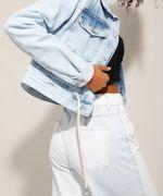 Jaqueta-Cropped-Jeans-com-Cordao-na-Barra-Azul-Claro-9992005-Azul_Claro_4