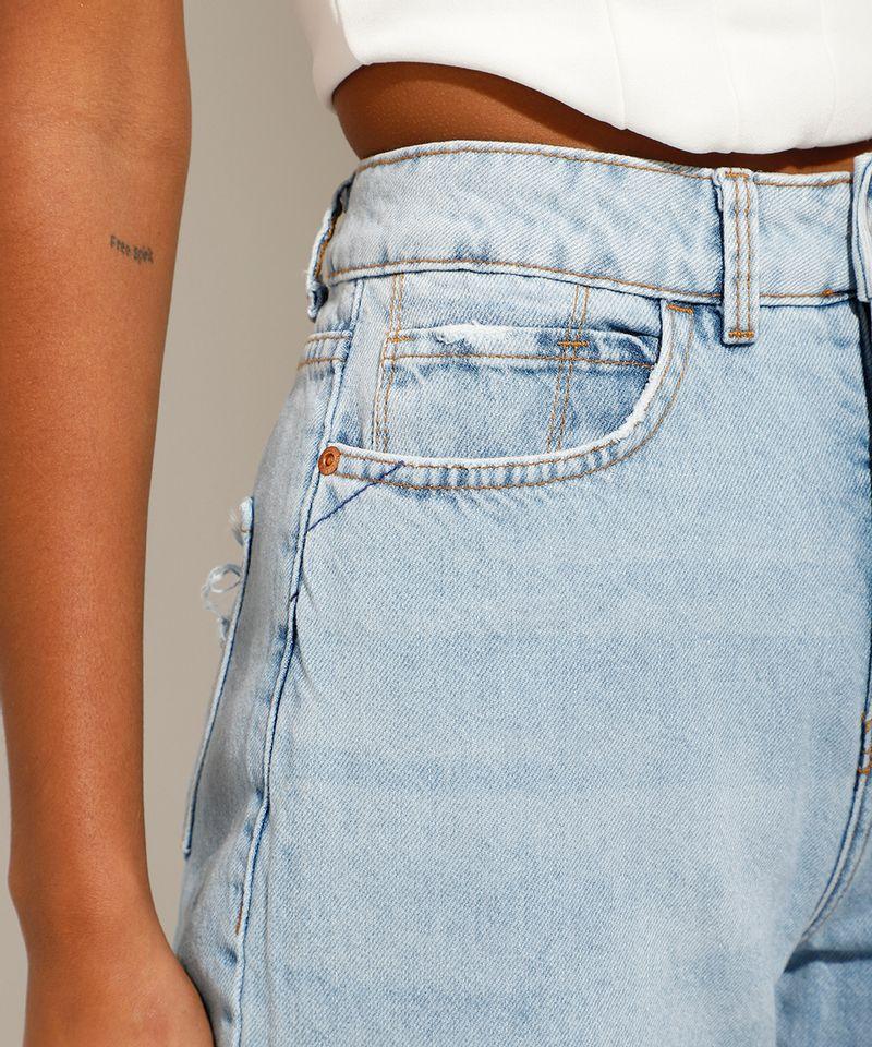 Calca-Reta-Jeans-Tal-Mae-Tal-Filha-com-Rasgos-Cintura-Super-Alta-Azul-Claro-9991737-Azul_Claro_6