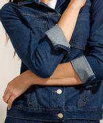 Jaqueta-Jeans-com-Bolsos-Azul-Escuro-9991740-Azul_Escuro_4