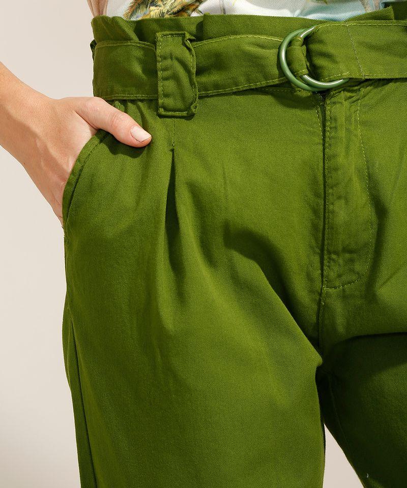 Calca-Clochard-de-Sarja-com-Pregas-e-Cinto-Cintura-Super-Alta-Verde-9991280-Verde_4