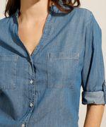 Camisa-Jeans-com-Bolsos-Manga-Longa-Azul-Medio-9993154-Azul_Medio_4