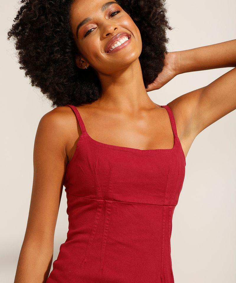 Vestido-de-Sarja-Curto-com-Pences-Alca-Fina-Decote-Reto-Vermelho-9991482-Vermelho_5