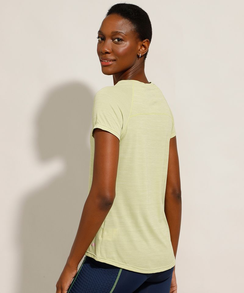 Camiseta-de-Poliamida-Esportiva-Ace-com-Micro-Furos-Manga-Curta-Decote-Redondo-Verde-9984100-Verde_2