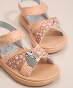 Sandalia-Infantil-A-Dama-e-o-Vagabundo-Grendene-com-Velcro-Rosa-Claro-1005811-Rosa_Claro_3