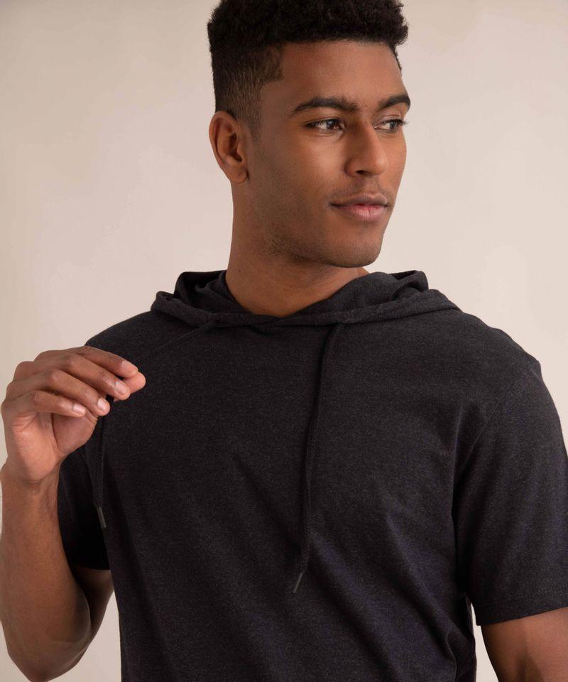 camiseta-com-capuz-manga-curta-preta-1000831-Preto_4