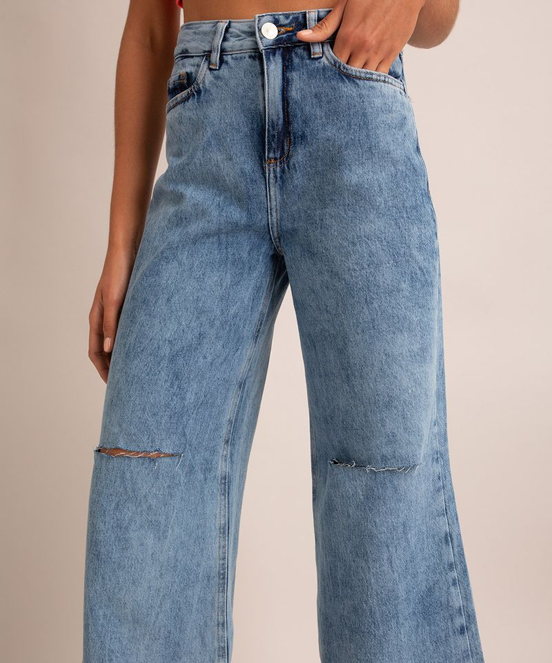 calca-wide-pantalona-jeans-marmorizada-com-rasgos-cintura-super-alta-azul-medio-1007590-Azul_Medio_4